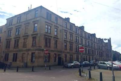 3 Bedrooms Flat for rent in White Street, Partick