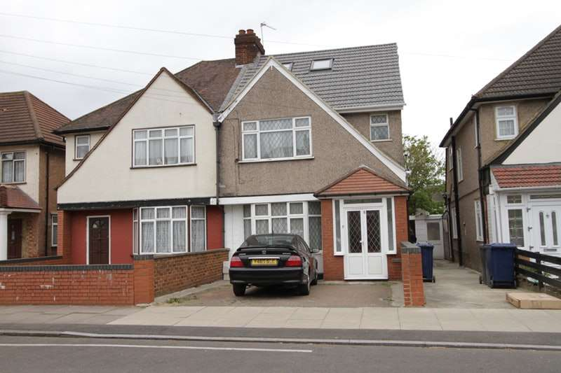 6 Bedrooms Semi Detached House for sale in Oakwood Avenue, Southall, Middlesex, UB1