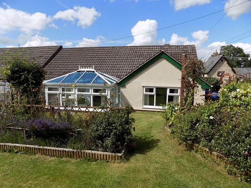 2 Bedrooms Semi Detached House for sale in Howley