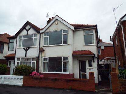 3 Bedrooms Semi Detached House for sale in Hollywood Avenue, Blackpool, Lancashire, FY3