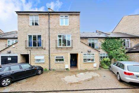 4 Bedrooms Terraced House for sale in Melbourne Mews, London SW9