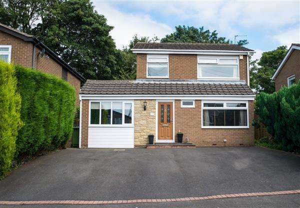 4 Bedrooms Detached House for sale in Coley Hill Close, Newcastle upon Tyne