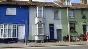 4 Bedrooms Terraced House for sale in South Road, Newhaven, East Sussex