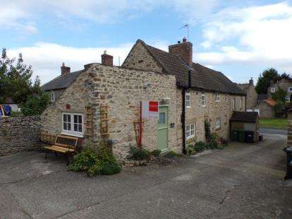 2 Bedrooms Semi Detached House for sale in The Wynd, Skeeby, Richmond, North Yorkshire