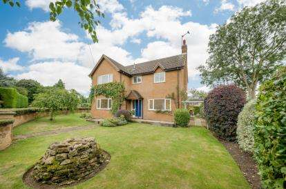 House for sale in Gold Street, Podington, Wellingborough, Bedfordshire