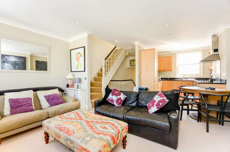 2 Bedrooms Flat for sale in Chaldon Road, Fulham, SW6
