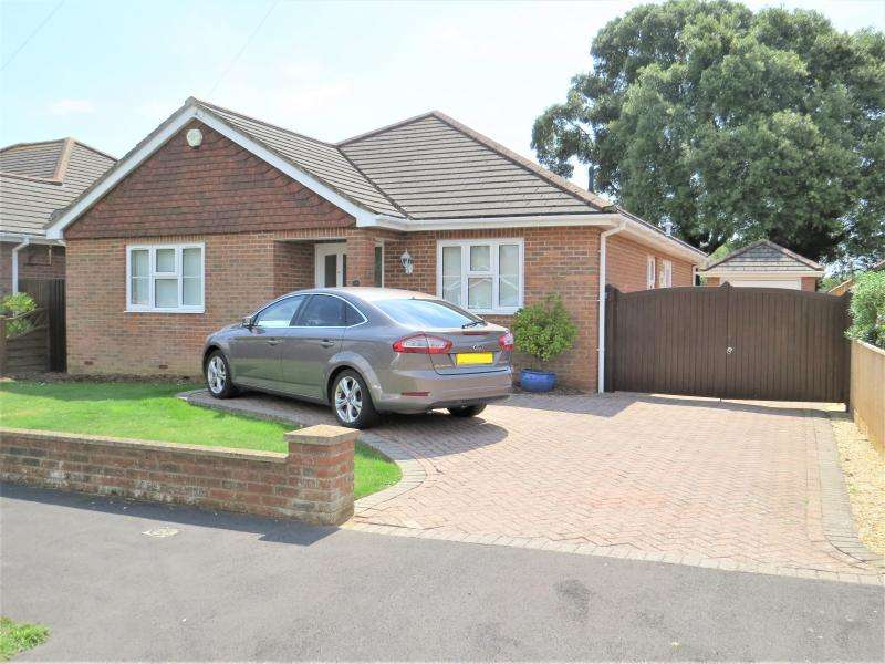 3 Bedrooms Bungalow for sale in Modern Style Bungalow