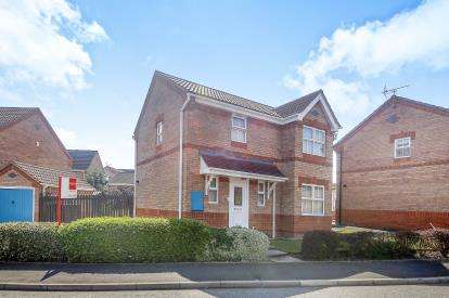 3 Bedrooms Detached House for sale in Collingtree Avenue, Winsford, Cheshire, England