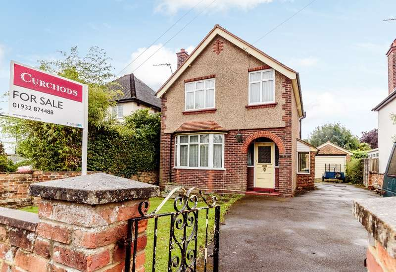 3 Bedrooms Detached House for sale in Chertsey