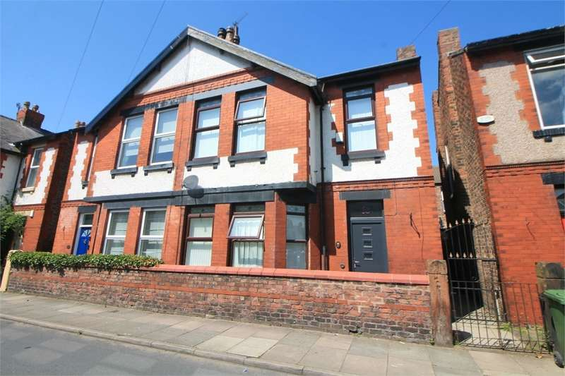 3 Bedrooms Semi Detached House for sale in Alexandra Road, Crosby, Merseyside