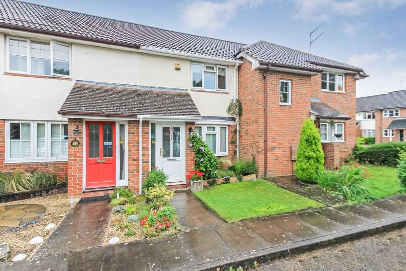 2 Bedrooms Terraced House for sale in Chapel Meadow, Tring, Hertfordshire