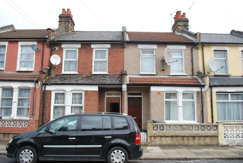 2 Bedrooms Ground Flat for rent in Conway Road, London