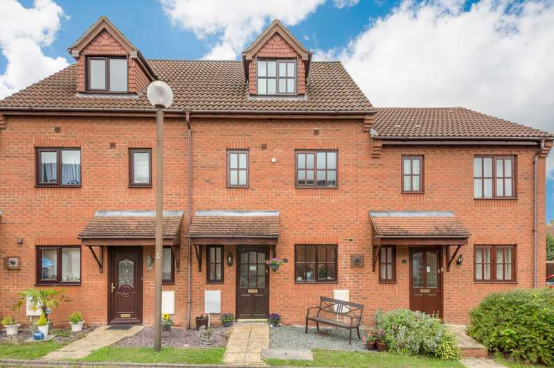 4 Bedrooms Town House for sale in Minorca Grove, Shenley Brook End