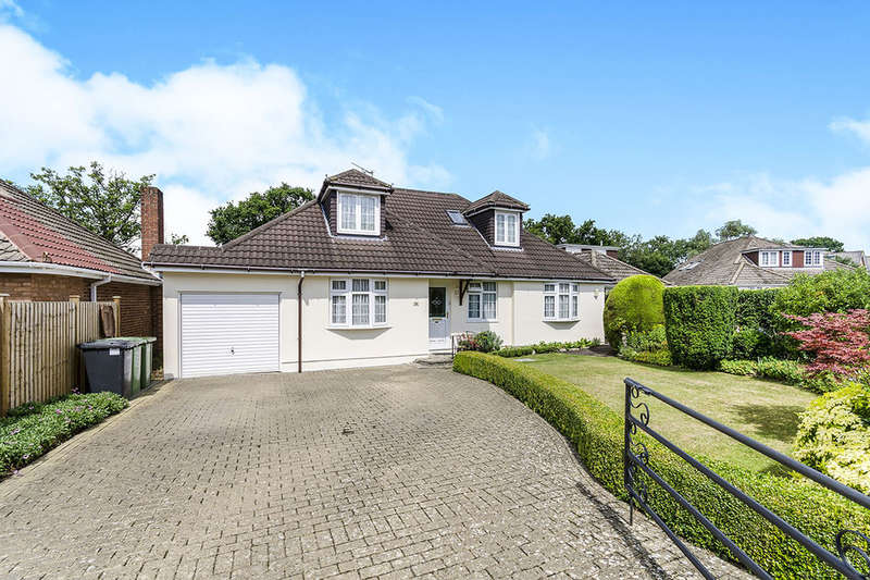 4 Bedrooms Detached Bungalow for sale in Beverley Gardens, Bursledon, Southampton, SO31