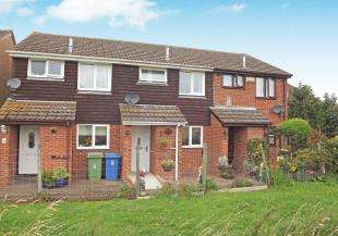 2 Bedrooms Terraced House for sale in Nobel Close, Teynham, Sittingbourne, Kent