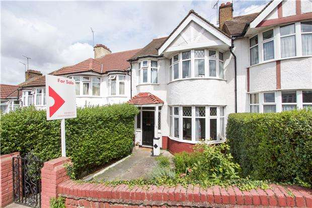 3 Bedrooms Terraced House for sale in Highfield Avenue, KINGSBURY , NW9 0PD