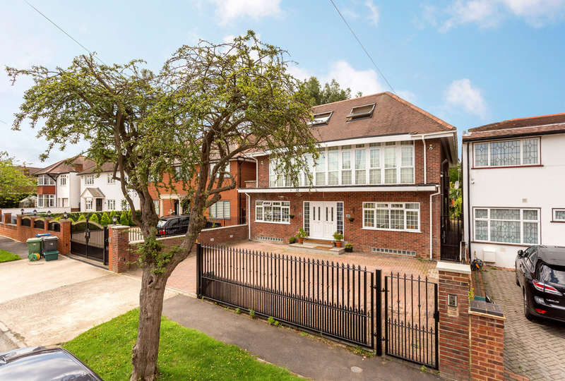 6 Bedrooms Detached House for sale in Derwent Avenue, London, SW15