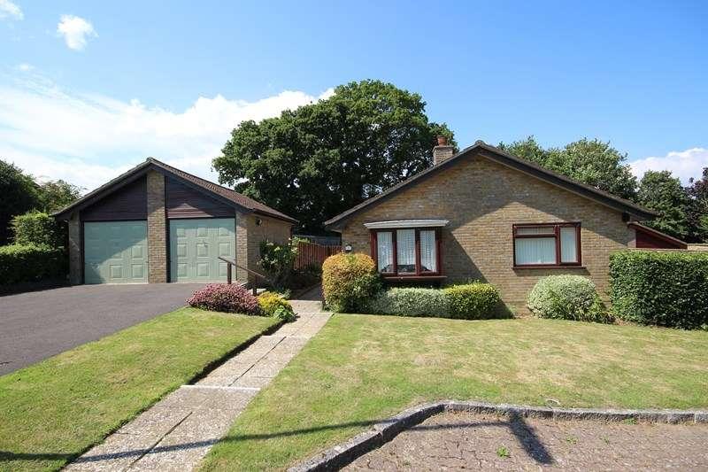3 Bedrooms Detached Bungalow for sale in Glenavon, New Milton