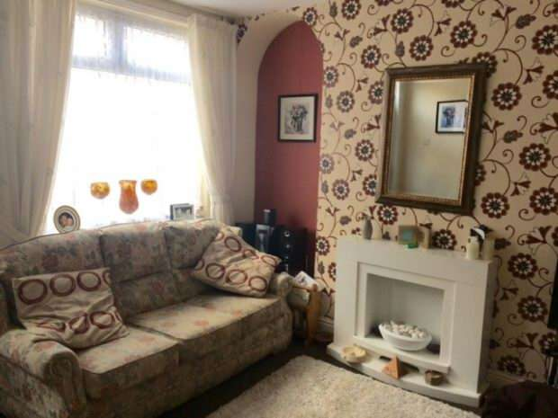 2 Bedrooms Terraced House for sale in Bottrill Street, Abbey Green, Nuneaton