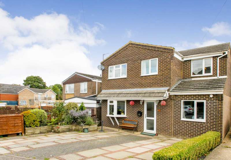 4 Bedrooms Detached House for sale in Irchester