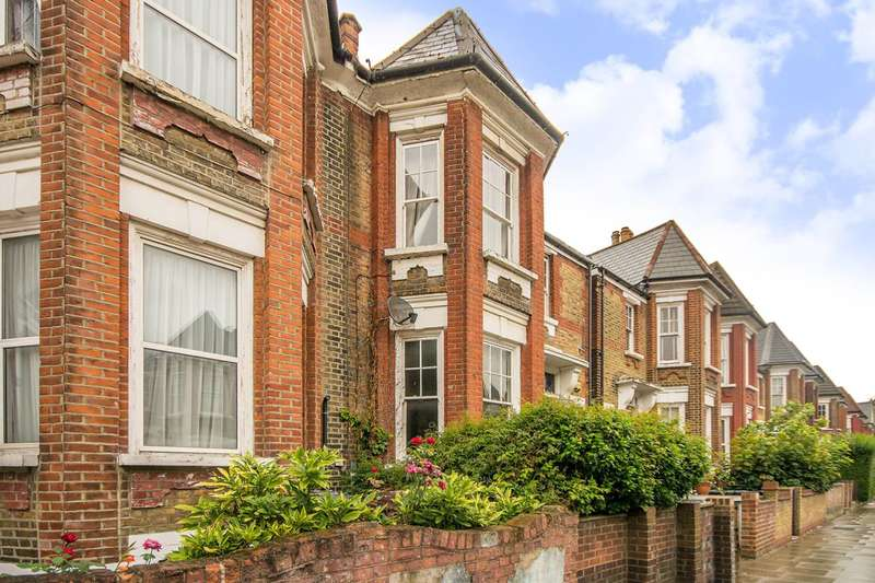 1 Bedroom Flat for sale in Chardmore Road, Stoke Newington, N16