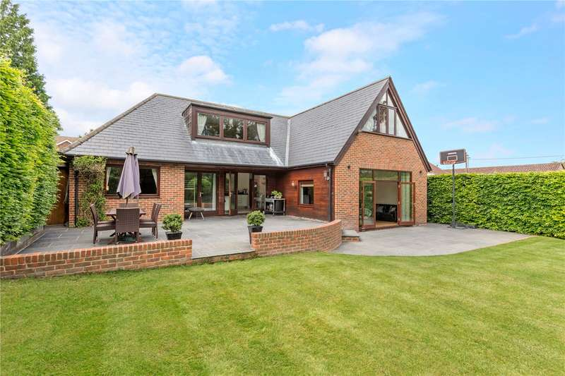 5 Bedrooms Detached House for sale in Stream Road, Upton, OX11