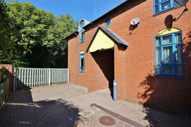 2 Bedrooms Apartment Flat for sale in Alfredston Place, Wantage, OX12
