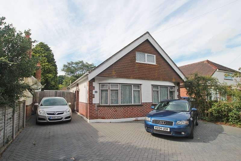 2 Bedrooms Detached Bungalow for sale in Suffolk Avenue, Christchurch