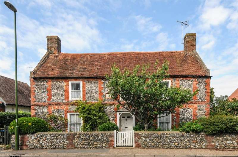 4 Bedrooms Detached House for sale in Church Street, Littlehampton, West Sussex, BN17