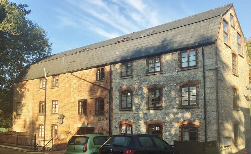 18 Bedrooms Commercial Property for sale in Newport, Isle of Wight