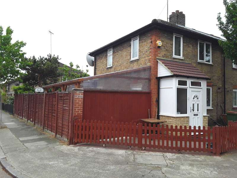 2 Bedrooms End Of Terrace House for sale in St Claire Road, Plaistow