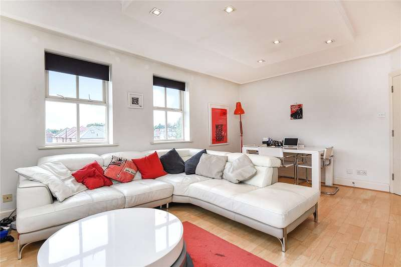 2 Bedrooms Apartment Flat for sale in Bury Lane, Rickmansworth, Hertfordshire, WD3