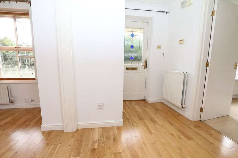 3 Bedrooms Detached House for sale in Marigold Grove, Stockton-on-tees, Durham, TS19 8FD