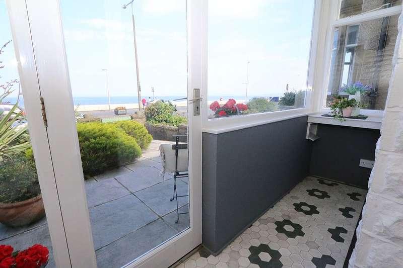 3 Bedrooms Semi Detached House for sale in 478, Marine Road East, Morecambe, Lancashire, LA4 6AF