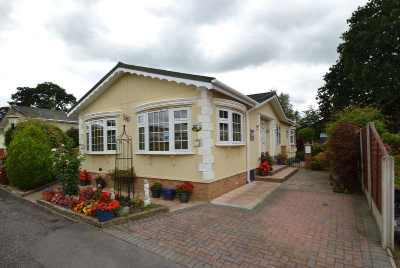 2 Bedrooms House for sale in Alderholt