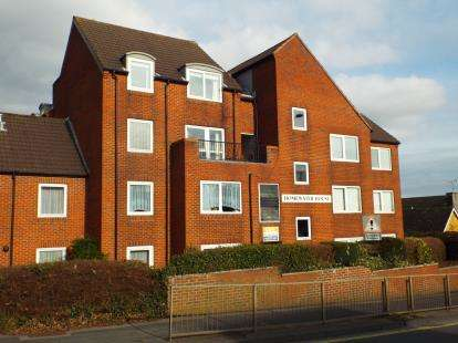1 Bedroom Flat for sale in Hulbert Road, Waterlooville, Hampshire
