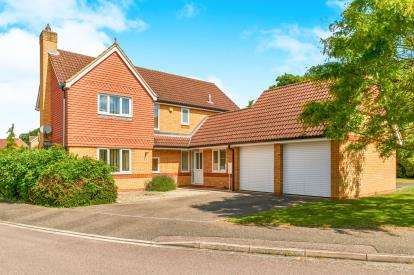 4 Bedrooms Detached House for sale in Deep Spinney, Biddenham, Bedford, Bedfordshire