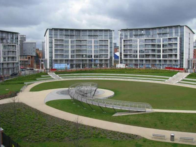 2 Bedrooms Flat for sale in 16 Alfred Knight Way, Park Central, Birmingham