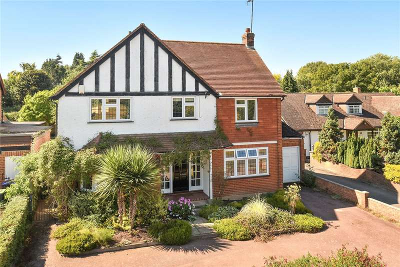 4 Bedrooms Detached House for sale in Cheapside Lane, Denham, Buckinghamshire, UB9