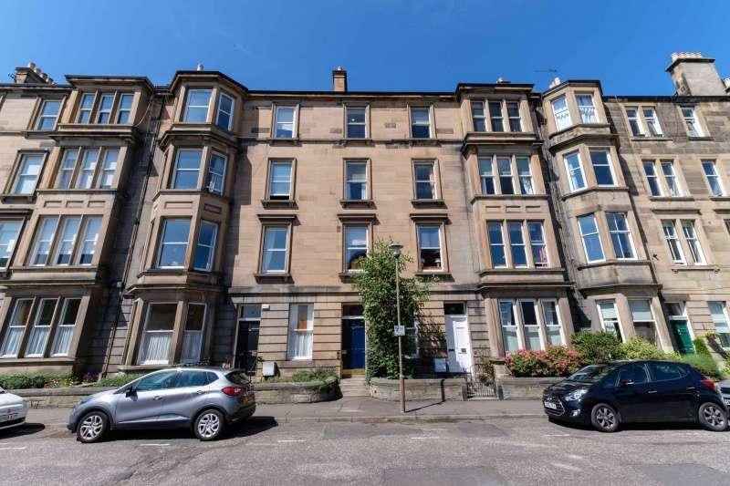 3 Bedrooms Flat for sale in Fountainhall Road, Edinburgh, EH9 2NN