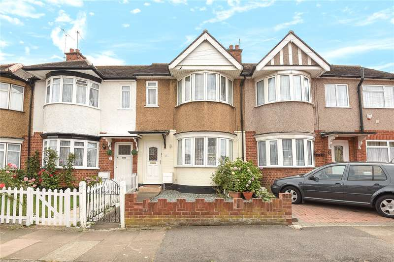 3 Bedrooms Terraced House for sale in Bridgwater Road, Ruislip, Middlesex, HA4