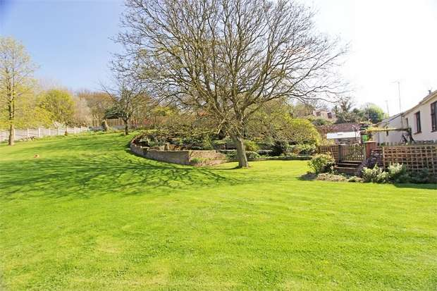 5 Bedrooms Detached Bungalow for sale in Woodgate Lane, Borden, Danaway, Sittingbourne, Kent