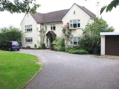 5 Bedrooms Detached House for sale in Wickham, Fareham, Hampshire