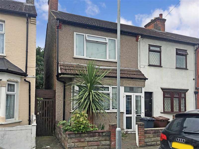 2 Bedrooms End Of Terrace House for sale in Devon Road, Barking, Essex