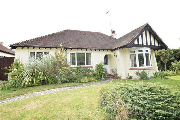 3 Bedrooms Detached Bungalow for sale in Sutherland Avenue, BEXHILL-ON-SEA, East Sussex, TN39 3LT