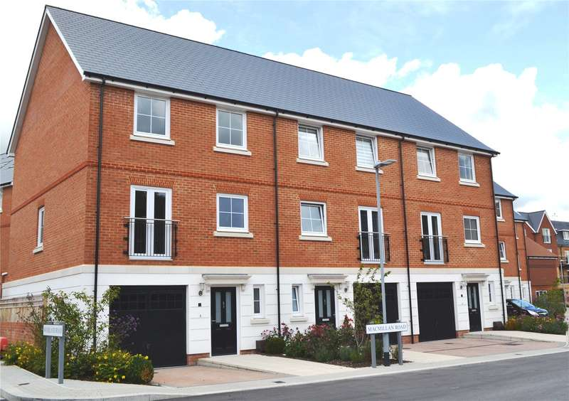 4 Bedrooms Terraced House for sale in Macmillan Road, Dunton Green, Sevenoaks, Kent, TN14