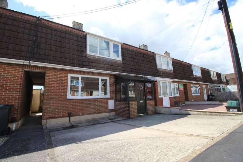 3 Bedrooms Property for sale in Margaret Road, Kingsteignton, Newton Abbot, TQ12