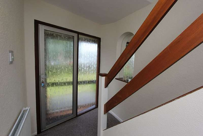 3 Bedrooms Semi Detached House for sale in Bridges Crescent, Norton Canes, Cannock, Staffordshire, WS11 9PA