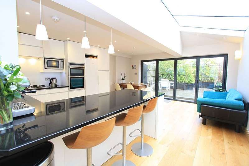 5 Bedrooms Terraced House for sale in 11A, Kenilworth Road, London, London, NW6 7HL