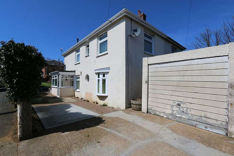 3 Bedrooms Semi Detached House for sale in New Road, Sandown, Isle of Wight, PO36 9JW